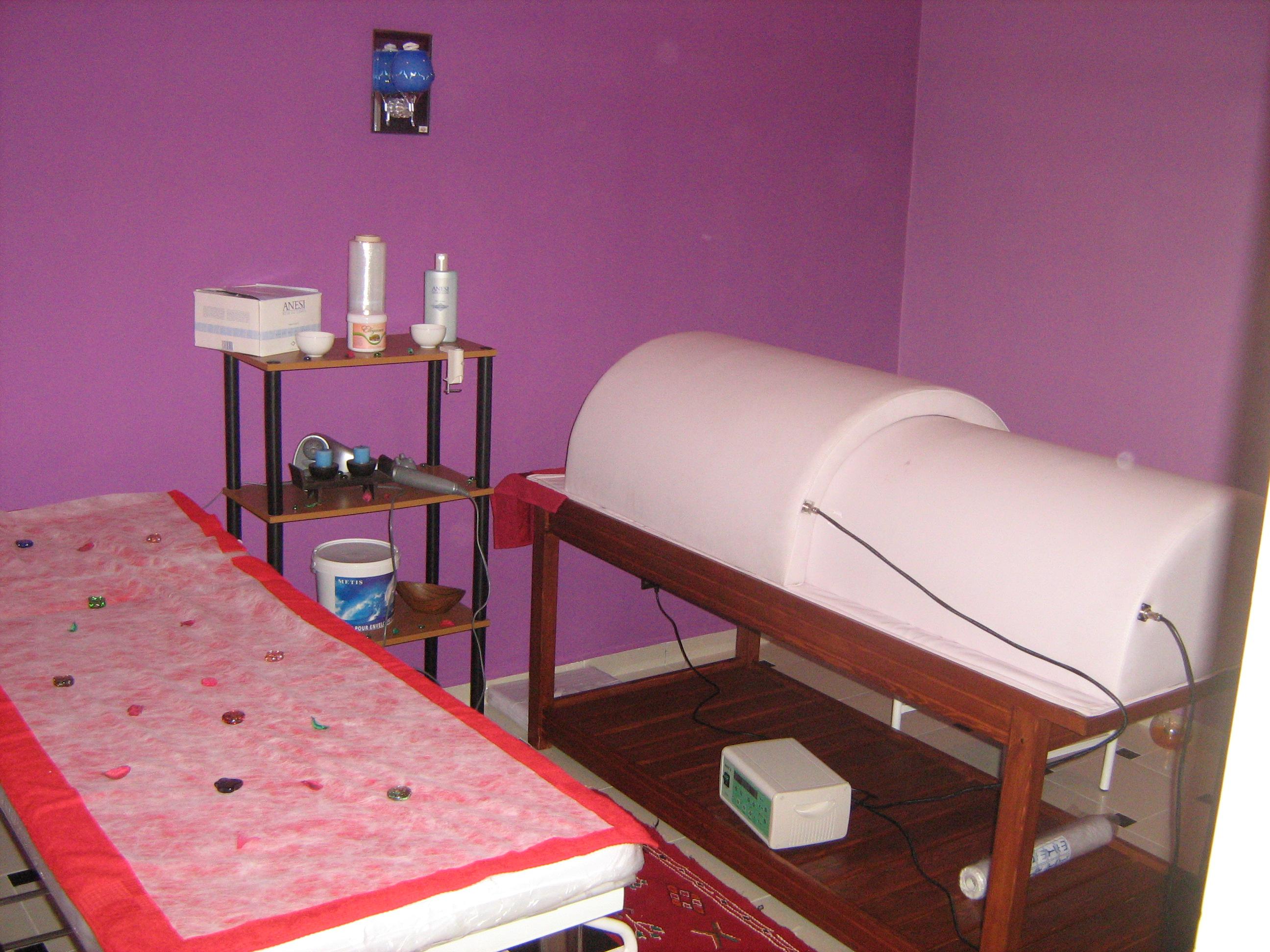 Salle De Massage Safi Centre De Beaute Et Coiffure Elle